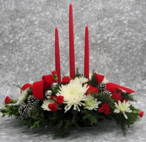 HOLIDAY CANDLE CENTERPIECE LARGE