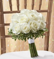 ALL WHITE ROSE BRIDAL BOUQUET 12 ROSES