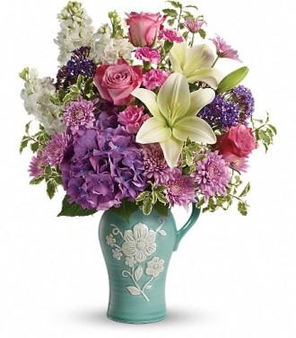 Teleflora\'s Natural Artistry Bouquet