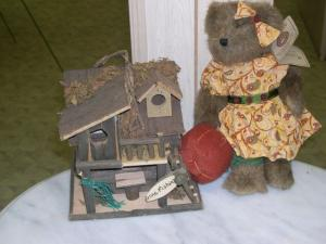 Birdhouse and Boyds Bear