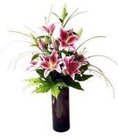 Lily vase, pink