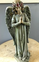 Standing Praying Angel