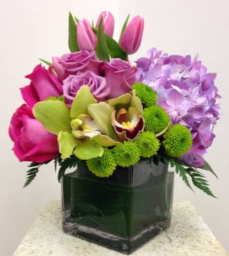 STUNNING MIXED FLORAL CUBE