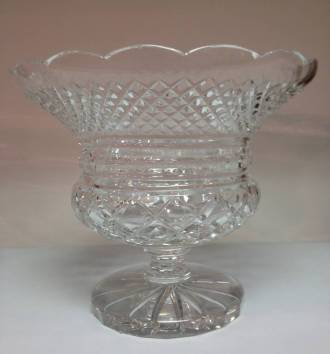 TRADITIONAL CUT GLASS URN