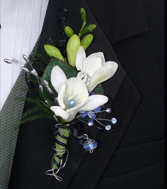 Homecoming Boutonniere Kentwood, Sunnyslope Floral