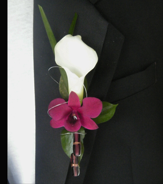 Homecoming Boutonniere Zeeland, Sunnyslope Floral