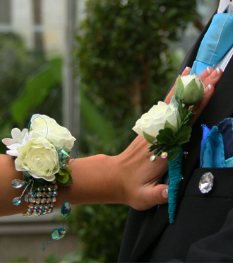 Corsage and boutonniere that match, Sunnyslope Floral Grand Rapids