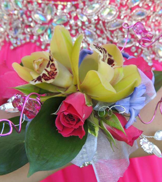 Homecoming Wrist Corsage Kentwood, Sunnyslope Floral