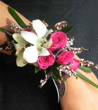 Homecoming Wrist Corsage Hudsonville, Sunnyslope Floral