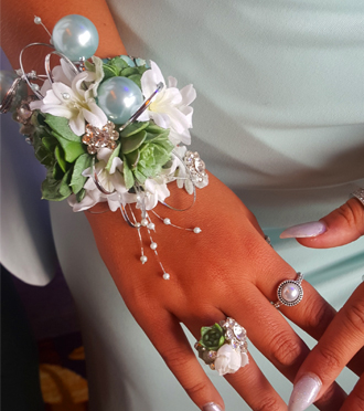 Homecoming Wrist Corsage Allendale, Sunnyslope Floral