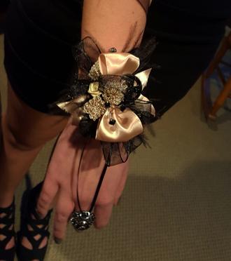 Homecoming wrist corsage SAME DAY