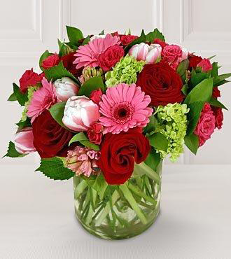 Valentine Flowers Arrangement