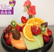 Small Fruit Tray w/Choc.
