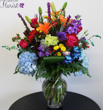 Assorted Blue Hydrangea Vase