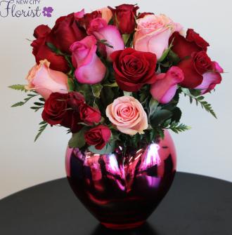 My Heart in Roses Vase