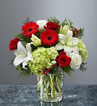 Garden of Grandeur Holiday Vase