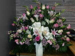 PASTEL MIXED FUNERAL SIDE BASKET