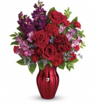 Teleflora\'s Shimmering Heart Bouquet