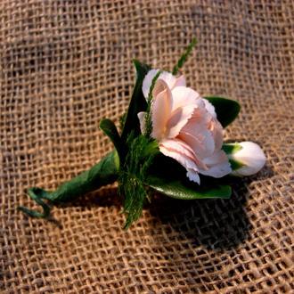Mini-Carnation Boutonniere, corsages & boutonnieres