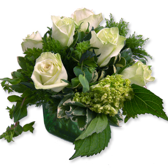 Go Green, hydrangea, roses, centerpieces