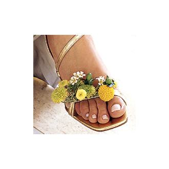 Shoe Stopper Arrangement, poms, hypericum, wedding accessories