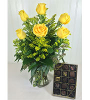 Yellow Rose Bouquet with Chocolates