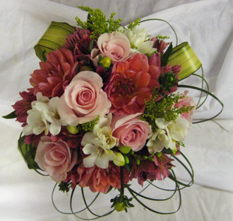 Soft Pinks & Whites Bouquet