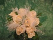 Roses & Feathers Bouquet