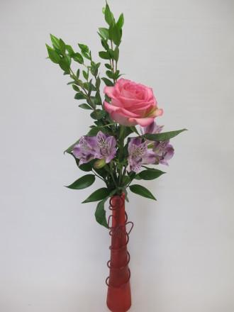 Simple Beauty Budvase