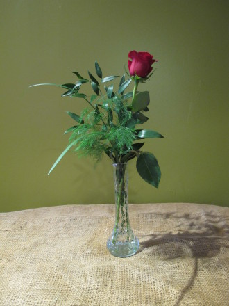 Red Rose Budvase