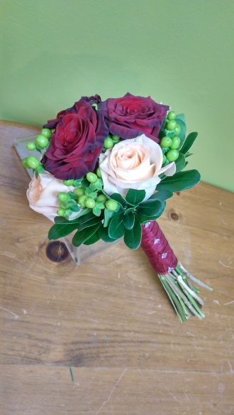 Red and cream rose bouquet