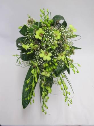 Stunning green bridal bouquet