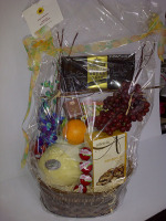 Gourmet Fruit and Goodies Basket