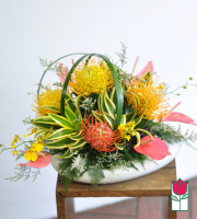 beretania florist sophie Centerpiece