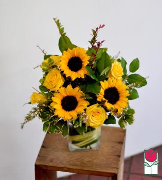 beretania florist ella bouquet honolulu hawaii flower bouquet delivery
