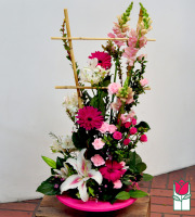 Beretania Florist deep pink contemporary spring arrangement