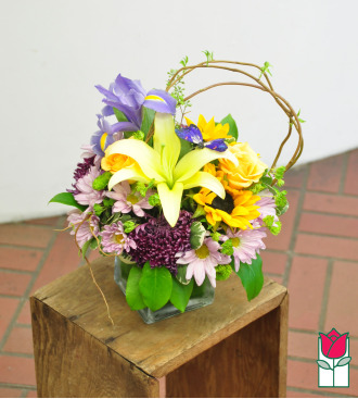 Beretania\'s Lila Bouquet