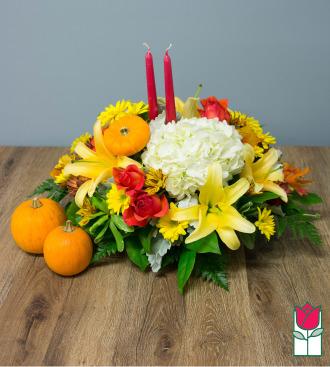 Beretania\'s Grand Fall Centerpiece - w/ Mini Pumpkin