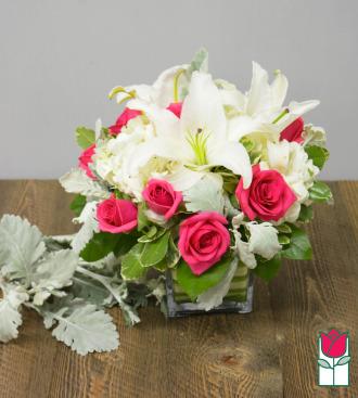 Beretania\'s Rose Lily Hydrangea Cube