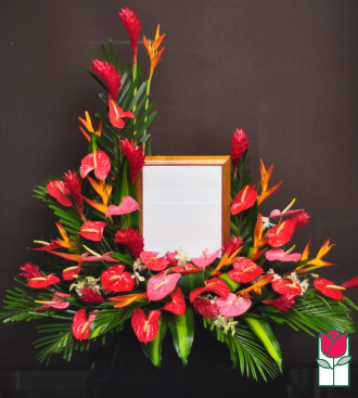 Beretania Florist Kahana Valley picture urn piece