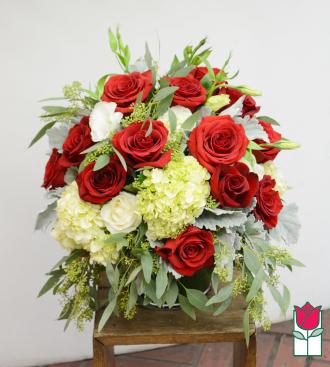 Beretania\'s Red Premium Compact Bouquet