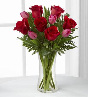 The FTD® Love Wonder™ Bouquet