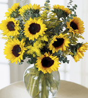 FTD® Bouquet Endless Sunflower ™