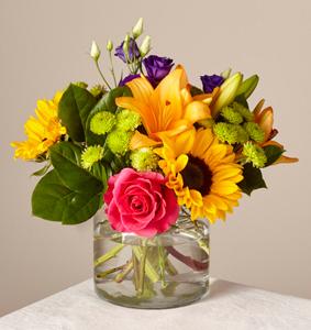 The FTD� Happy Birthday Bouquet