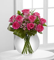 The FTD� Blazing Beauty� Rose Bouquet