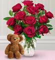 Douze roses et un ourson