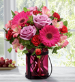 El Ramo de flores de FTD® Exuberancia Rosada™por Better Homes and Gardens®