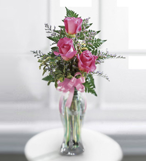 The FTD® Triple Delight ™ Rose Bouquet