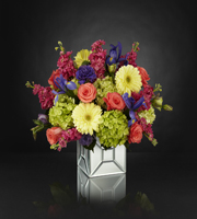 The FTD� Extravagant Gestures� Luxury Bouquet