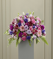 The FTD� Fare Thee Well� Pedestal Arrangement